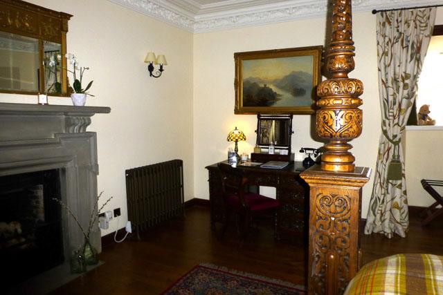 breadalbane room at barcaldine castle