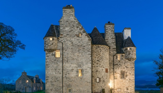 4 Intriguing Reasons to Visit Barcaldine Castle