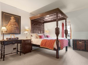The Lochnell Room