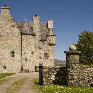 Rent a Castle - Barcaldine Castle